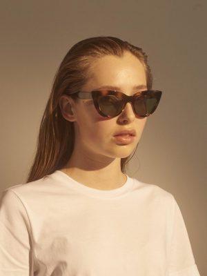 A.Kjaerbdede Stella Sunglasses Demi Olive