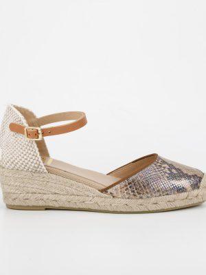 Kanna Low Wedge Sandal in Caramel