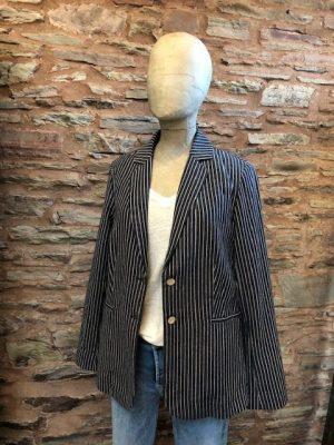 Yerse jacket 1