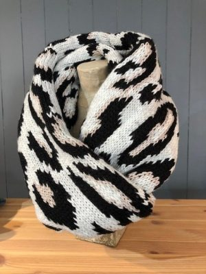 Rino and Pelle Loop Scarf Leopard