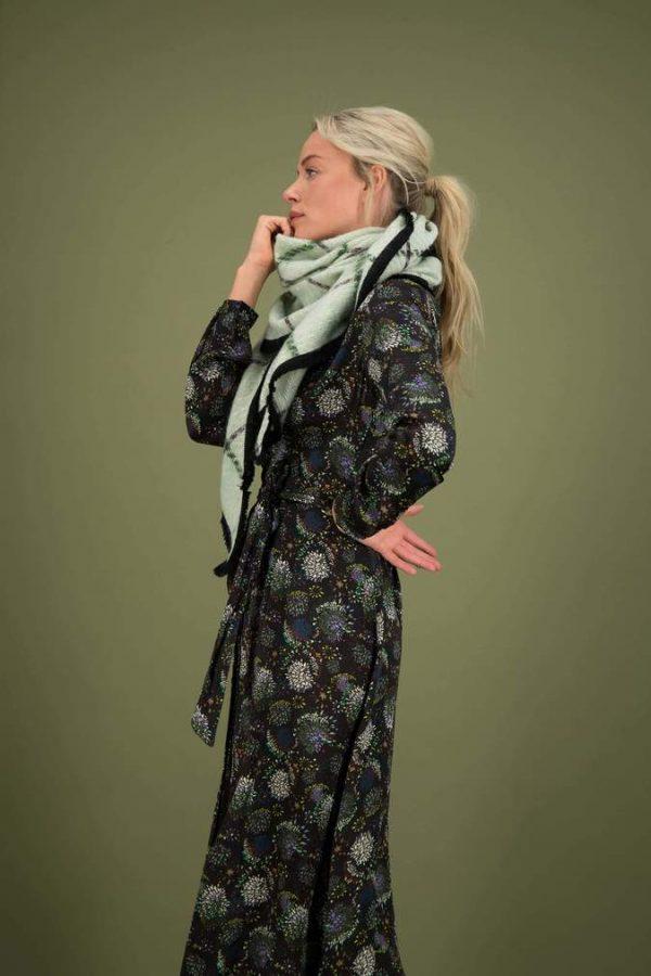 Pom Amsterdam Clever Checks Mint scarf 3