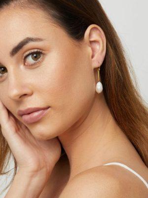 Ashiana Margot Freshwater Pearl Drop Earrings