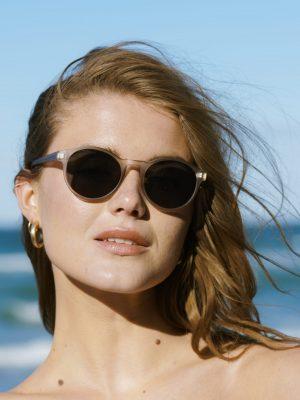 A.Kjaerbede Marvin Sunglasses Light Grey Crystal
