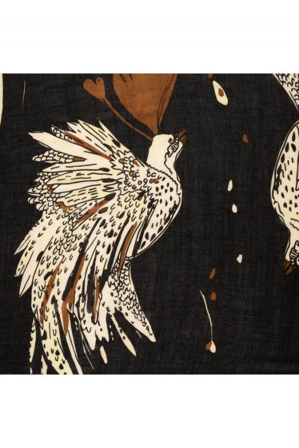 PPOM_Amsterdam_SP6652_Shawl_Paradise-birds-black_HR_MODEL_675x_crop_center